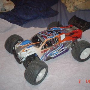 Picture 399 Thunder Tiger Truggy