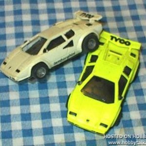 pair of TYCO lambos in the Doulble Looper set