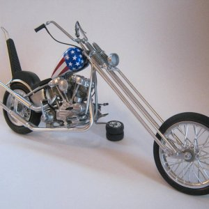Revell  1/8  Captn  America Chopper