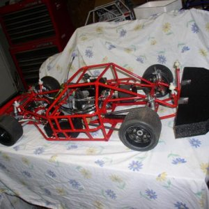 This was an earlier chassis I built, GEN2  it had custom made front end parts,I used this car to experiment with front end geometry and tire managemen