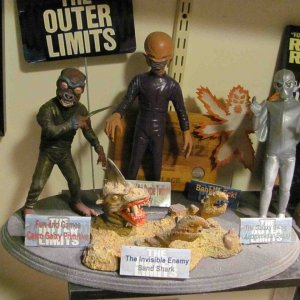 Outer Limits 5 kits on a large base