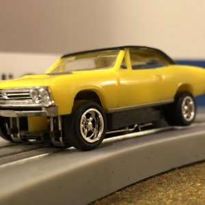 '67 Malibu SS - bright yellow speed demon