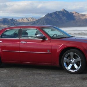 2008 Chrysler 300 DUB Edition, Bonneville Salt Flats