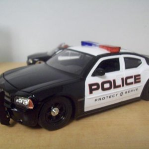 '06 Charger 1/24 (I would like to get one someday, but more likely will get a Honda since they are more available) I like Chargers, and have always li