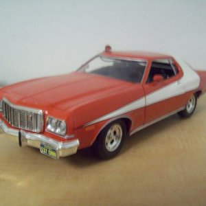 Ford Torino 1/18 from Starsky and Hutch show.